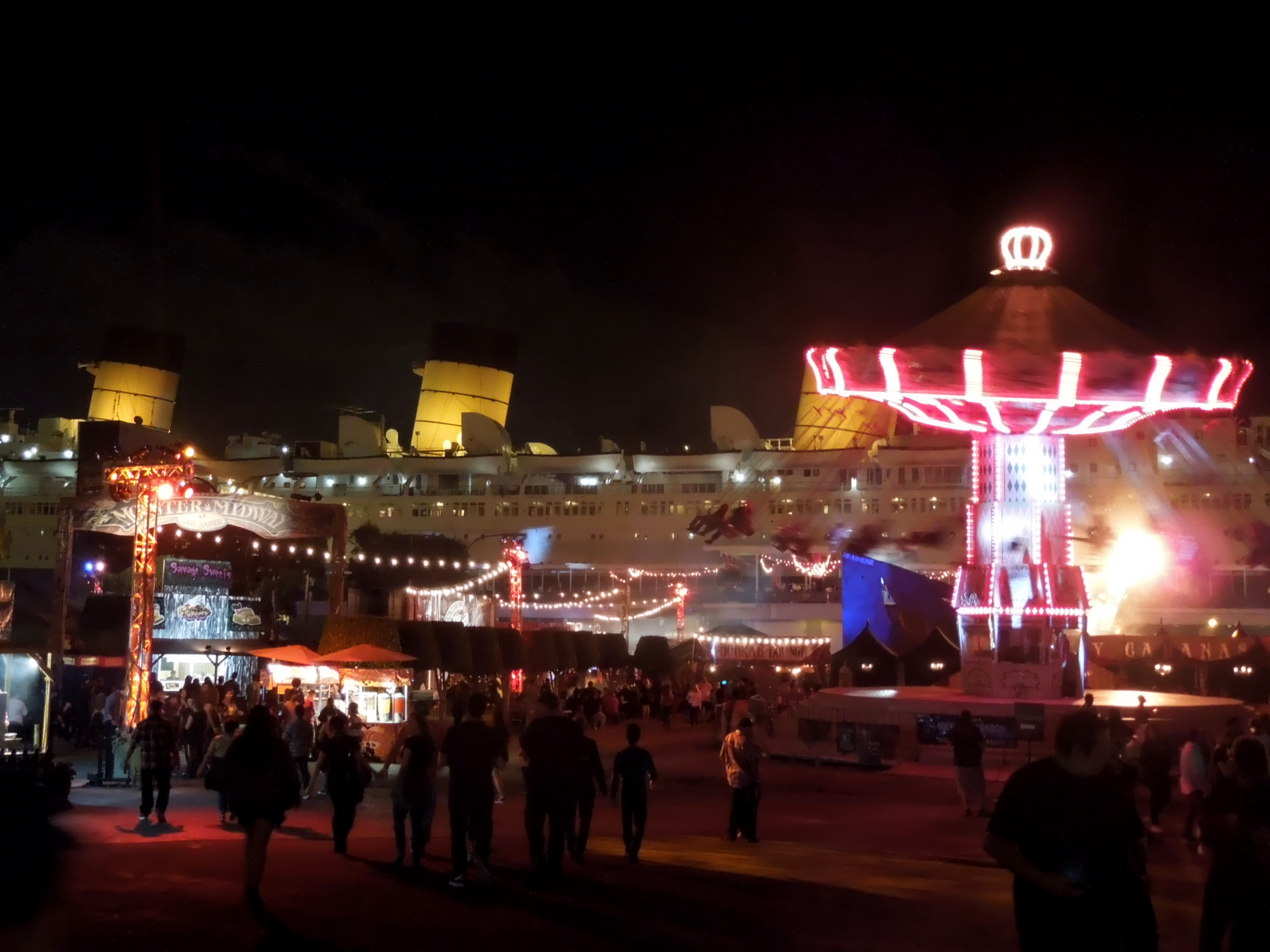 Experience Horrifying Thrills at The Queen Mary's Dark Harbor ...