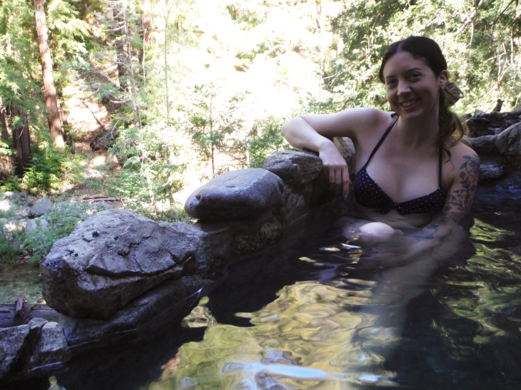 Natural hot springs, things to know before visiting natural hot springs, what to bring to natural hot springs, what to wear in natural hot springs, hot springs, tips for visiting hot springs, hot springs safety tips