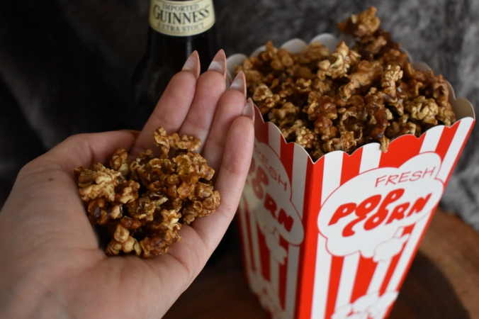 Caramel corn, beer caramel corn, stout caramel corn, salted beer caramel corn, popcorn, caramel corn recipe, homemade caramel corn, Guinness, beer, craft beer, cooking with beer, beer recipes, the beeroness, how to make caramel corn