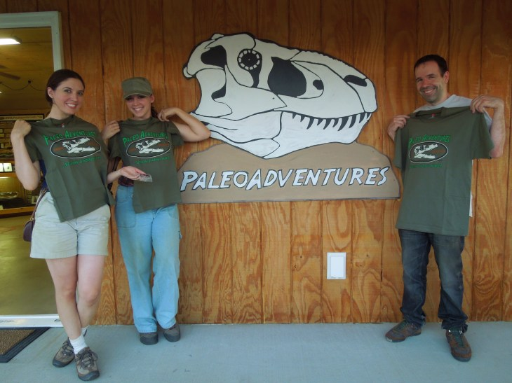 Paleo adventures, paleotology, dino dig, places to dig for fossils, fossils, dinosaur fossils, dinosaurs, south Dakota, Jurassic park, paleontology tours, black hills, where can I find dinosaur fossils
