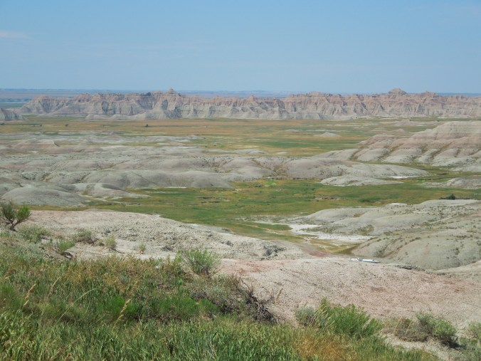 South Dakota, united states, north America, badlands national park, badlands, scenic drives in south Dakota, hwy 240, badlands loop road, things to see in south Dakota, things to do in south Dakota, south Dakota road trip, things to do in badlands, badlands for kids, easy ways to see badlands