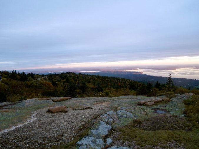 Acadia, acadia national park, Cadillac mountain, best place to watch the sunrise in acadia, watching the sunrise on Cadillac mountain, first place to see the sunrise in the us, tallest mountain on the east coast, top things to do in acadia, must see sights in acadia, best things to do in acadia, sightseeing in acadia, sightseeing in maine, best things to do in maine, how to see the sunrise on Cadillac mountain